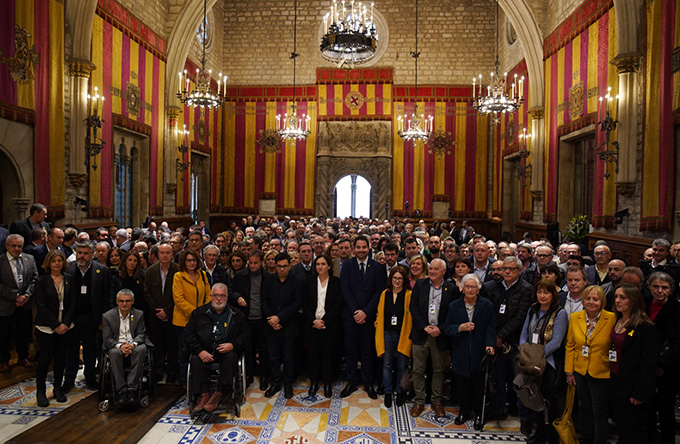 Acte municipalista per reclamar l'alliberament dels presos i preses encausats per l'1-O. Imatge de l'Associació Catalana de Municipis (ACM).