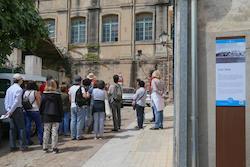 Més d'una vintena de persones va participar a l'itinerari El Masnou, terra de Mar per celebrar el Dia Internacional dels Museus